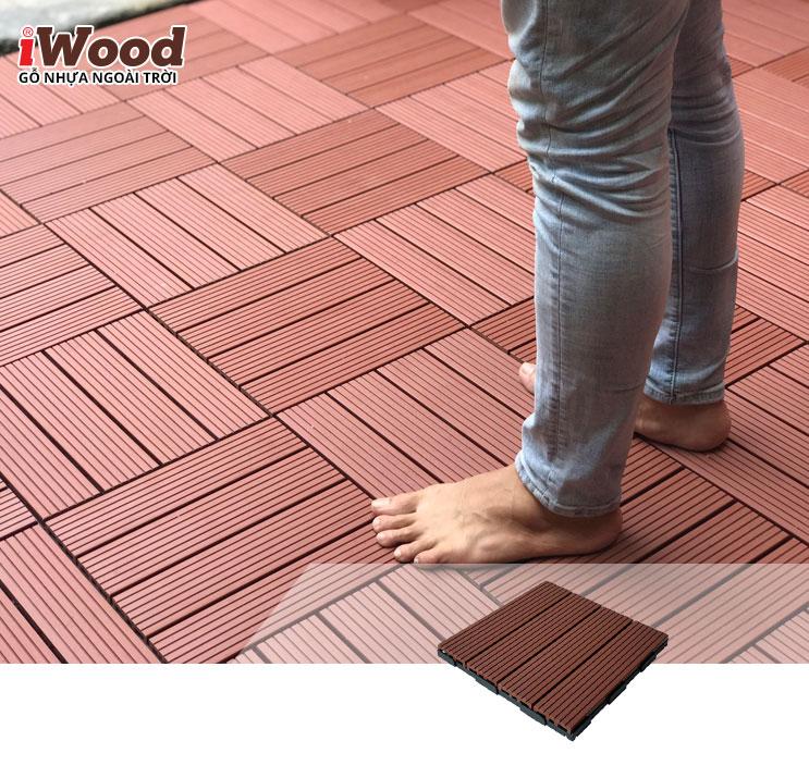 thi công vỉ gỗ nhựa iWood VN300 red brown 3